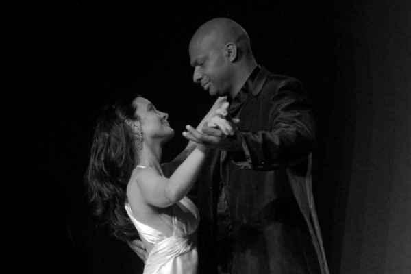 Kely e Northon em cena, em 2007